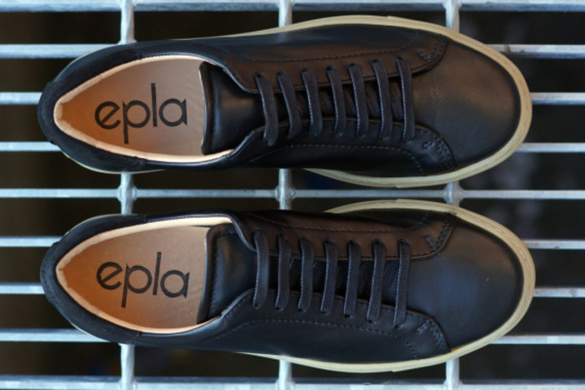 epaulet-tennis-shoe-04
