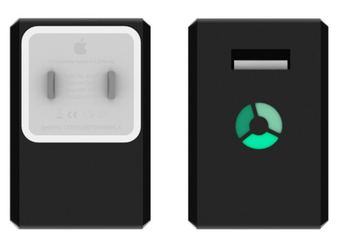 nomadplus-apple-charger-and-portable-battery-in-one-03