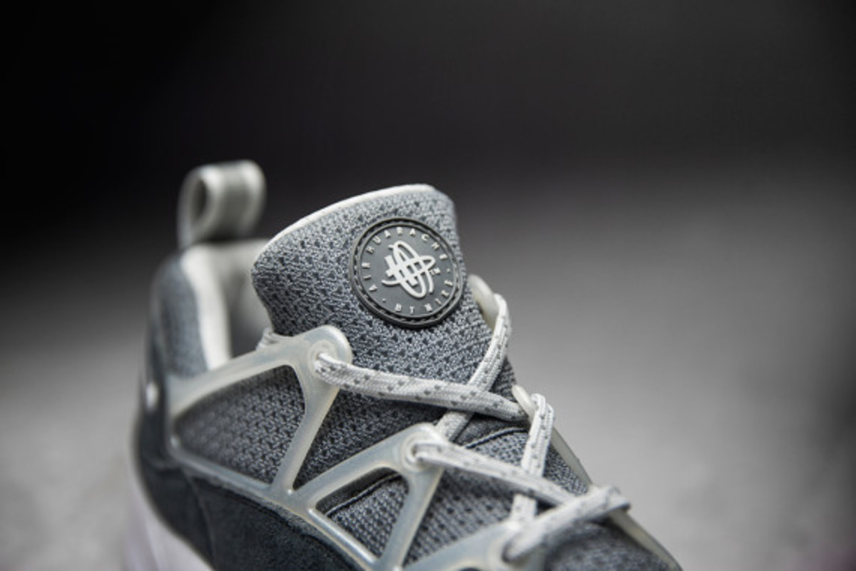 footpatrol-nike-air-huarache-light-concrete-08