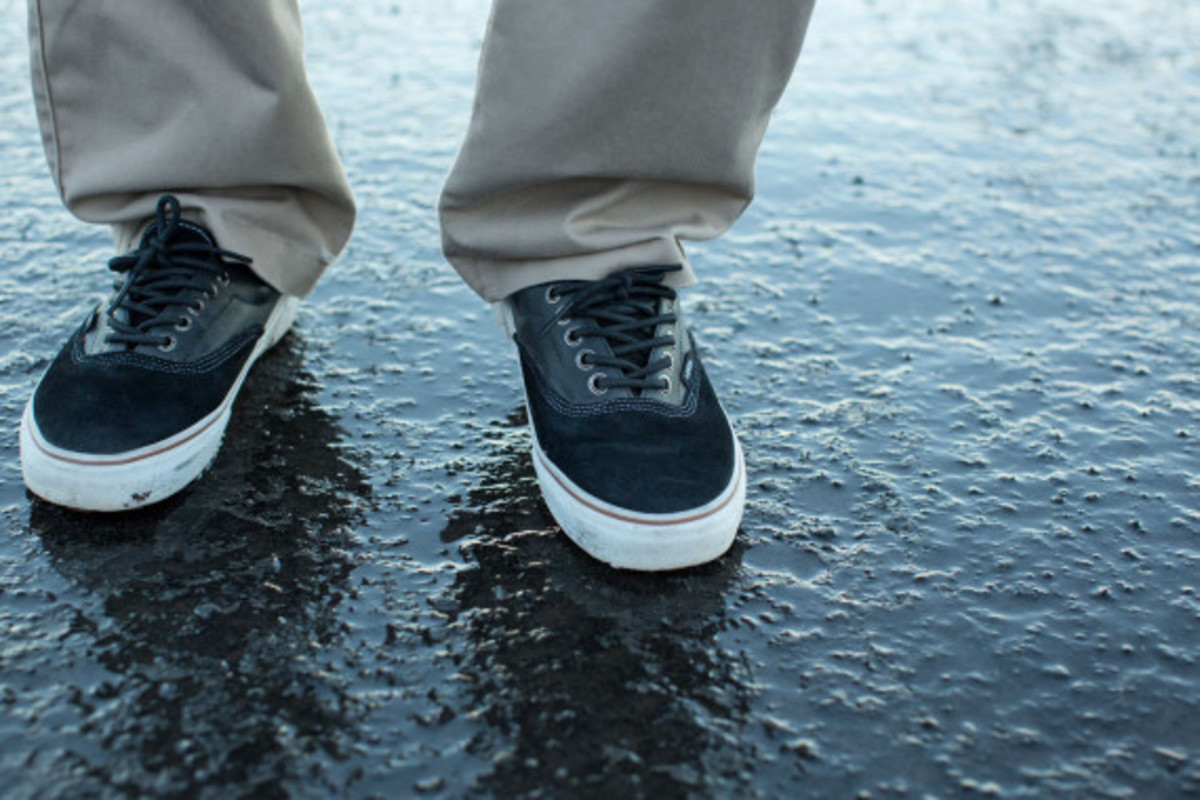 vans-weather-resistant-mountain-edition-footwear-and-apparel-02