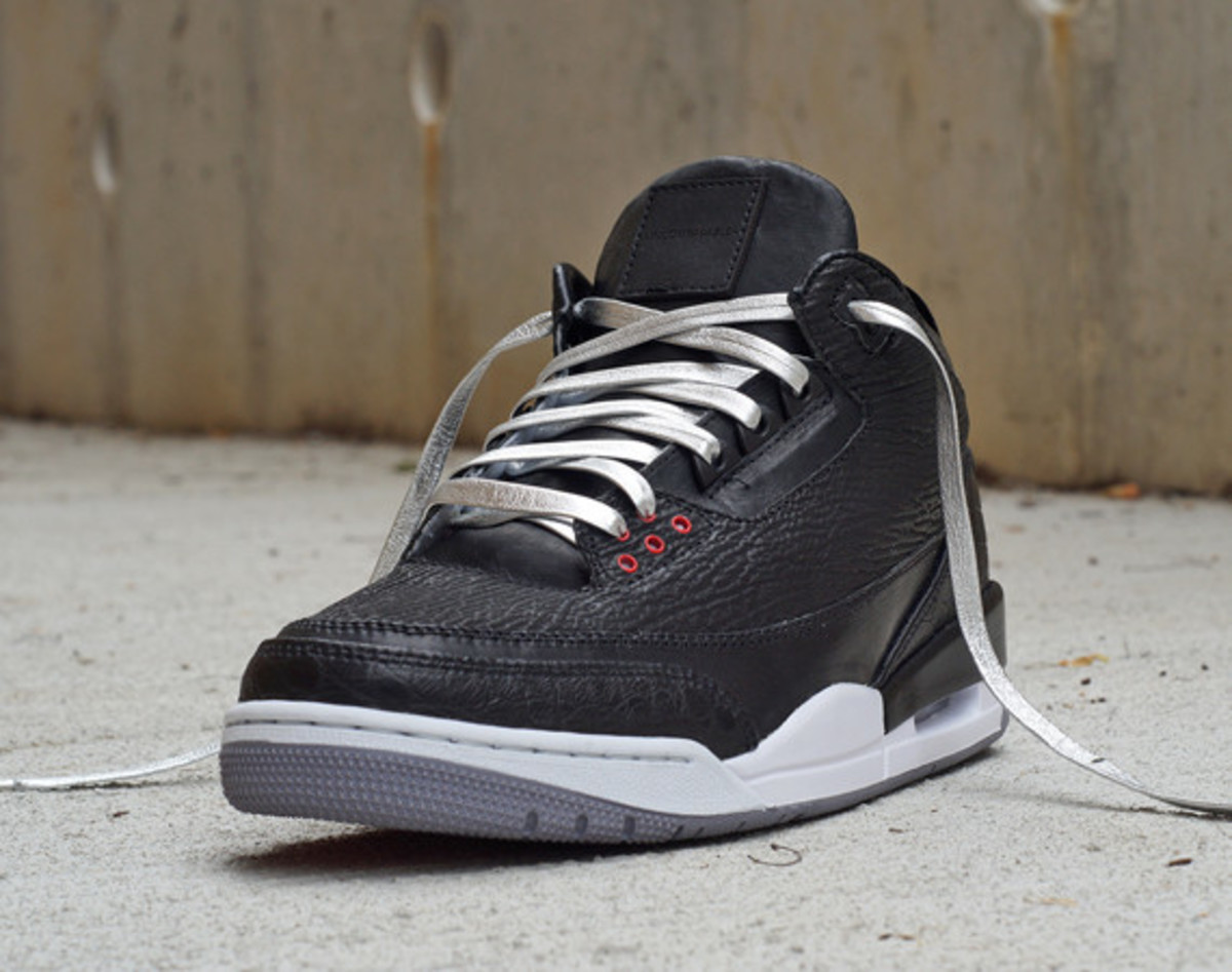 air-jordan-3-shark-alligator-kangaroo-by-jbf-customs-01