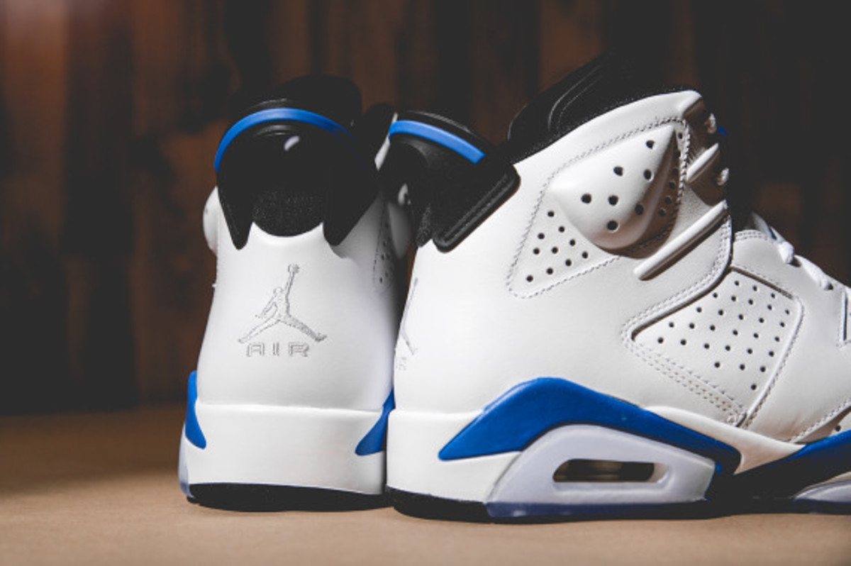 air-jordan-vi-white-sport-blue-05
