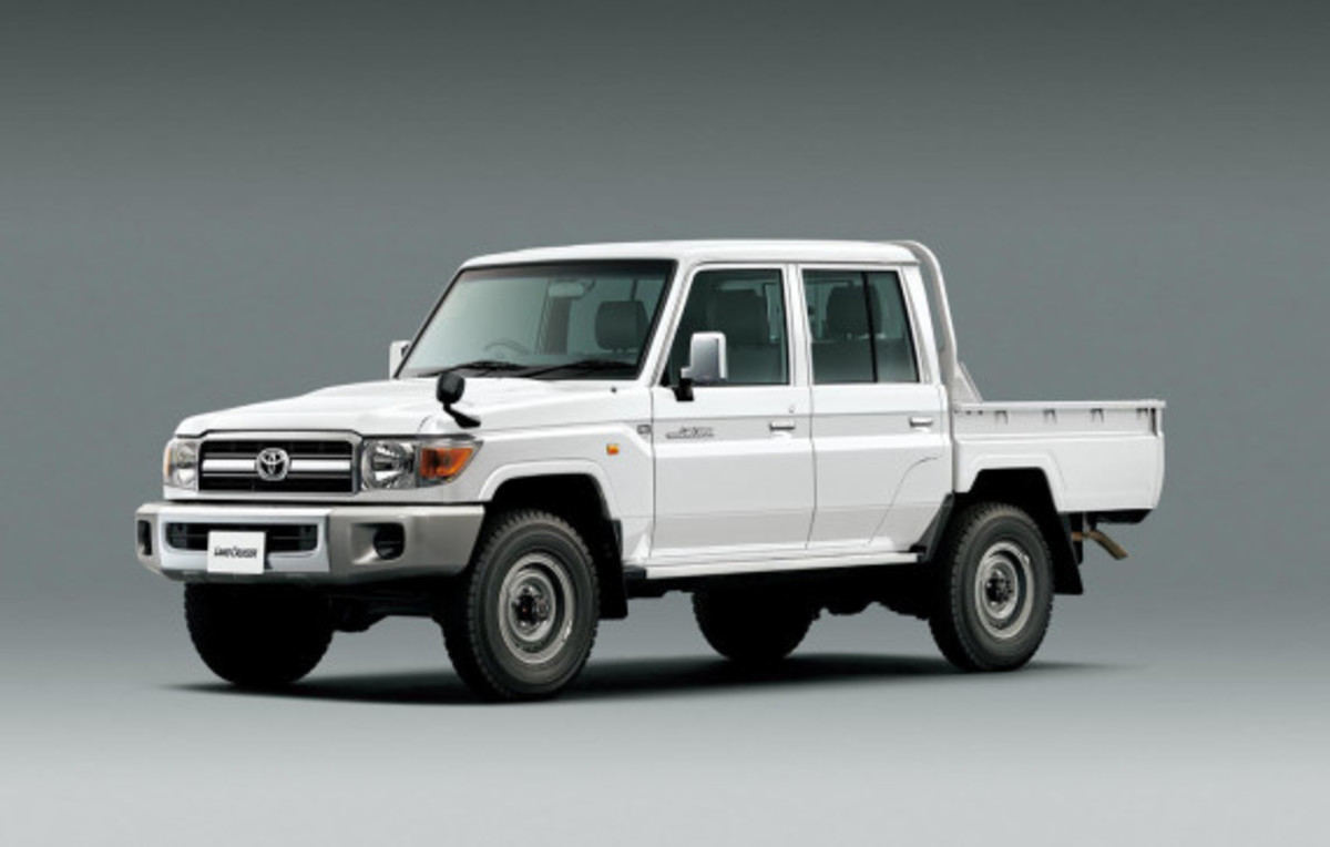 toyota-land-cruiser-70-series-re-release-14