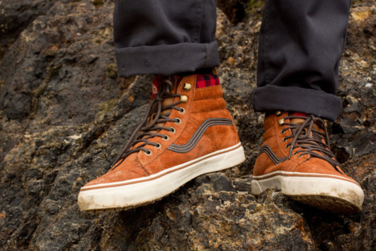 vans-weather-resistant-mountain-edition-footwear-and-apparel-16