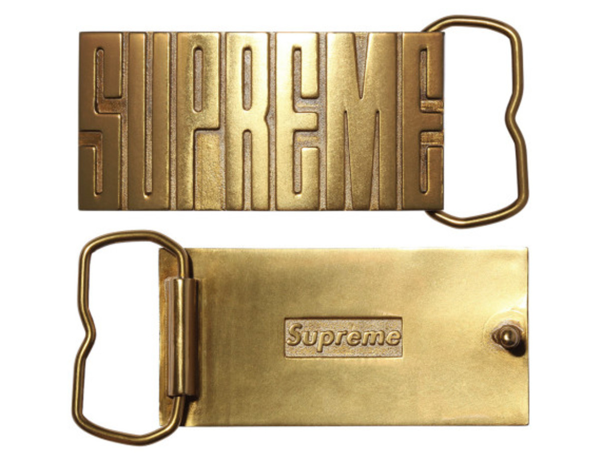 supreme-fall-winter-2014-accessories-and-gear-collection-15