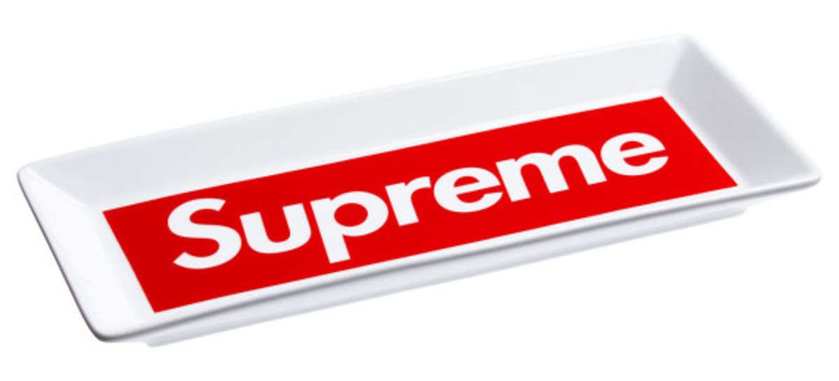 supreme-fall-winter-2014-accessories-and-gear-collection-10