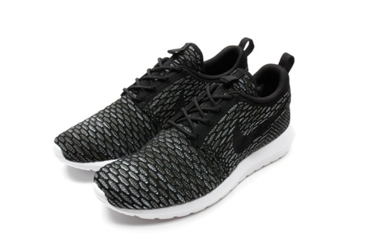 nike-flyknit-roshe-run-nm-08