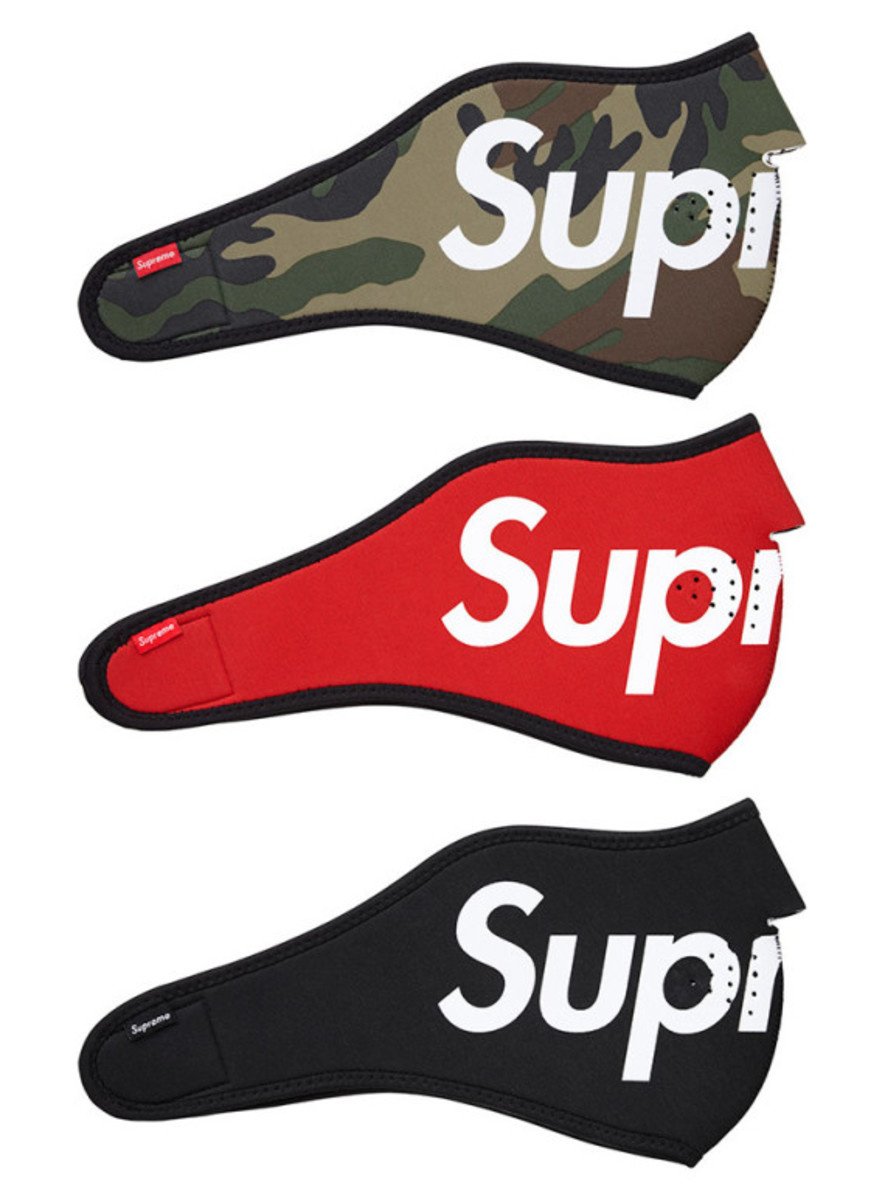supreme-fall-winter-2014-accessories-and-gear-collection-07