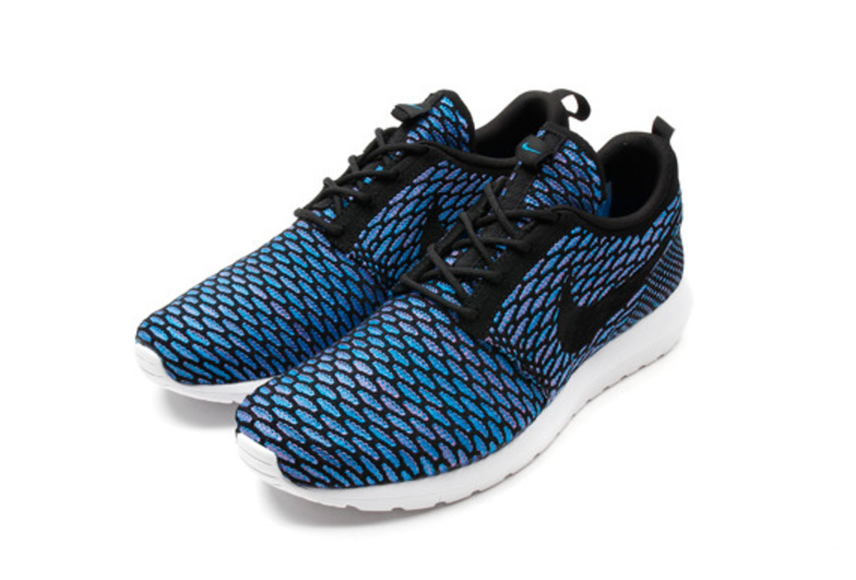 nike-flyknit-roshe-run-nm-06