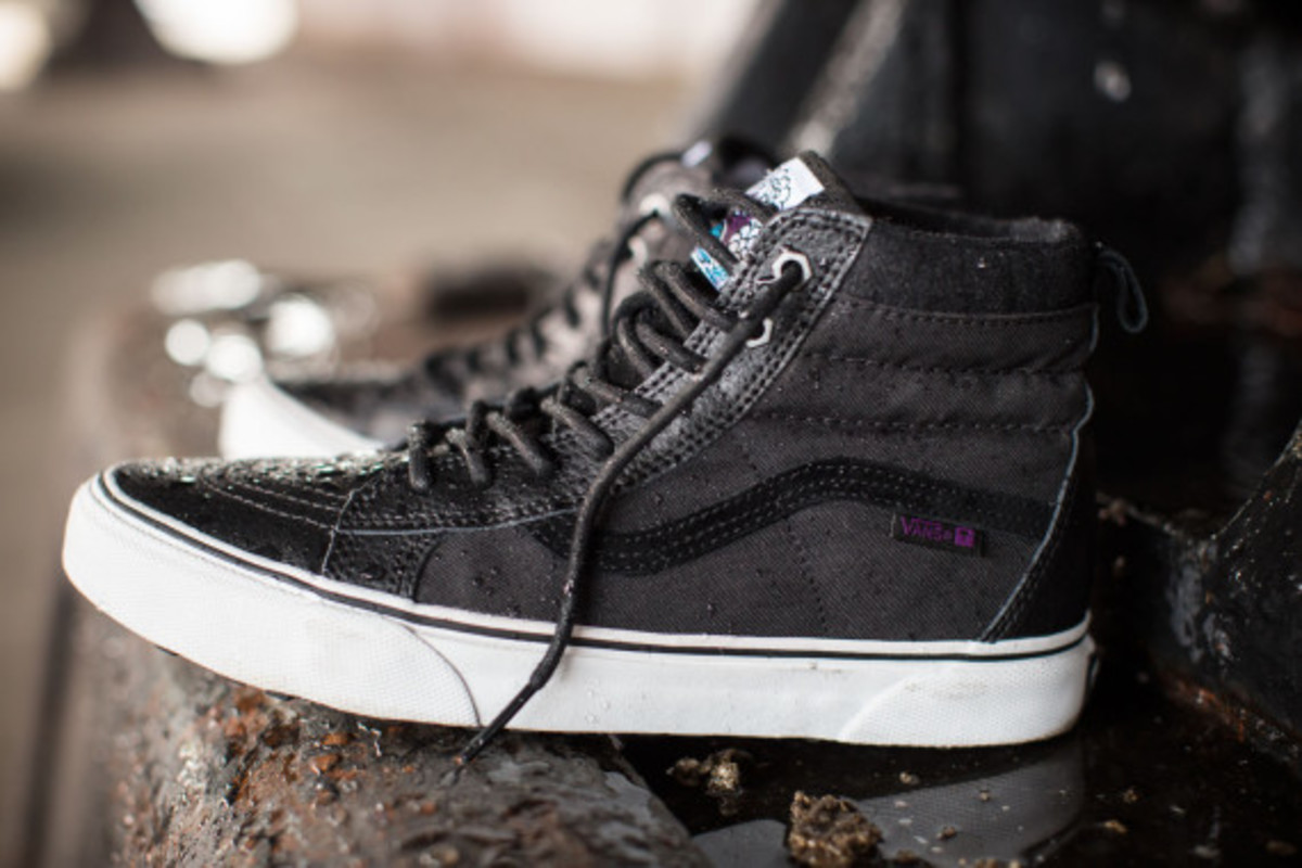 vans-weather-resistant-mountain-edition-footwear-and-apparel-18