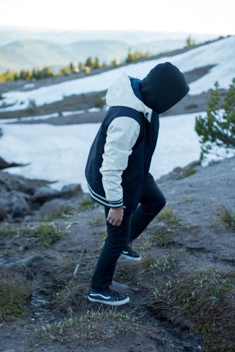 vans-weather-resistant-mountain-edition-footwear-and-apparel-08