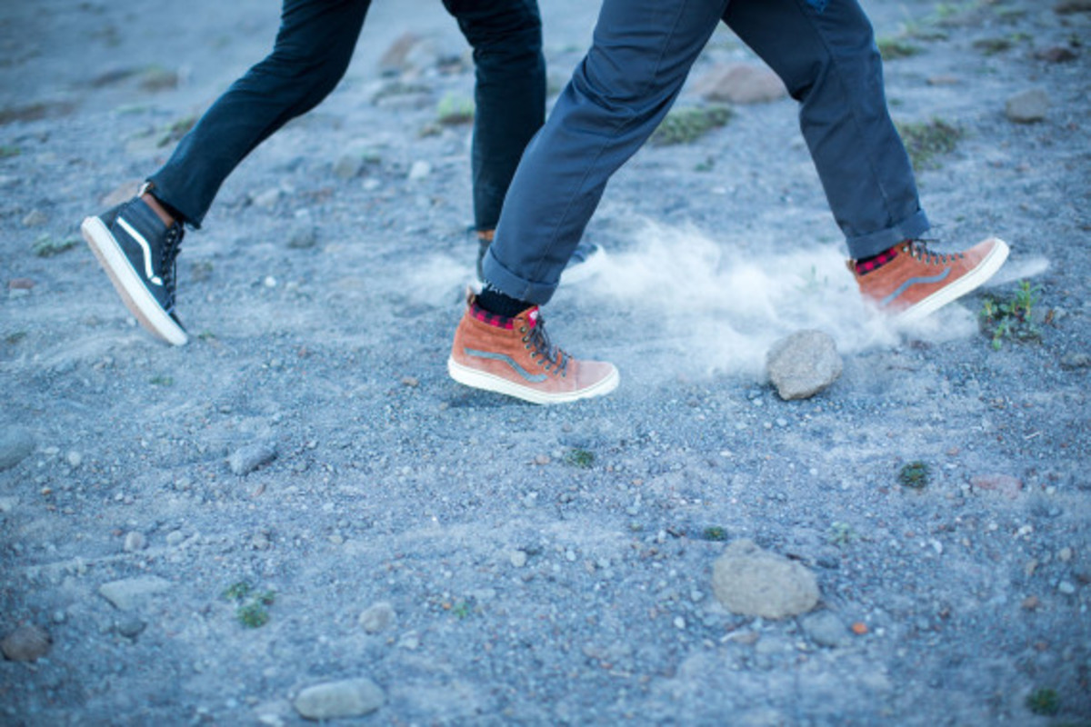 vans-weather-resistant-mountain-edition-footwear-and-apparel-15