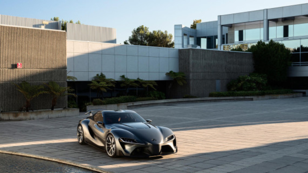 toyota-ft-1-graphite-concept-04