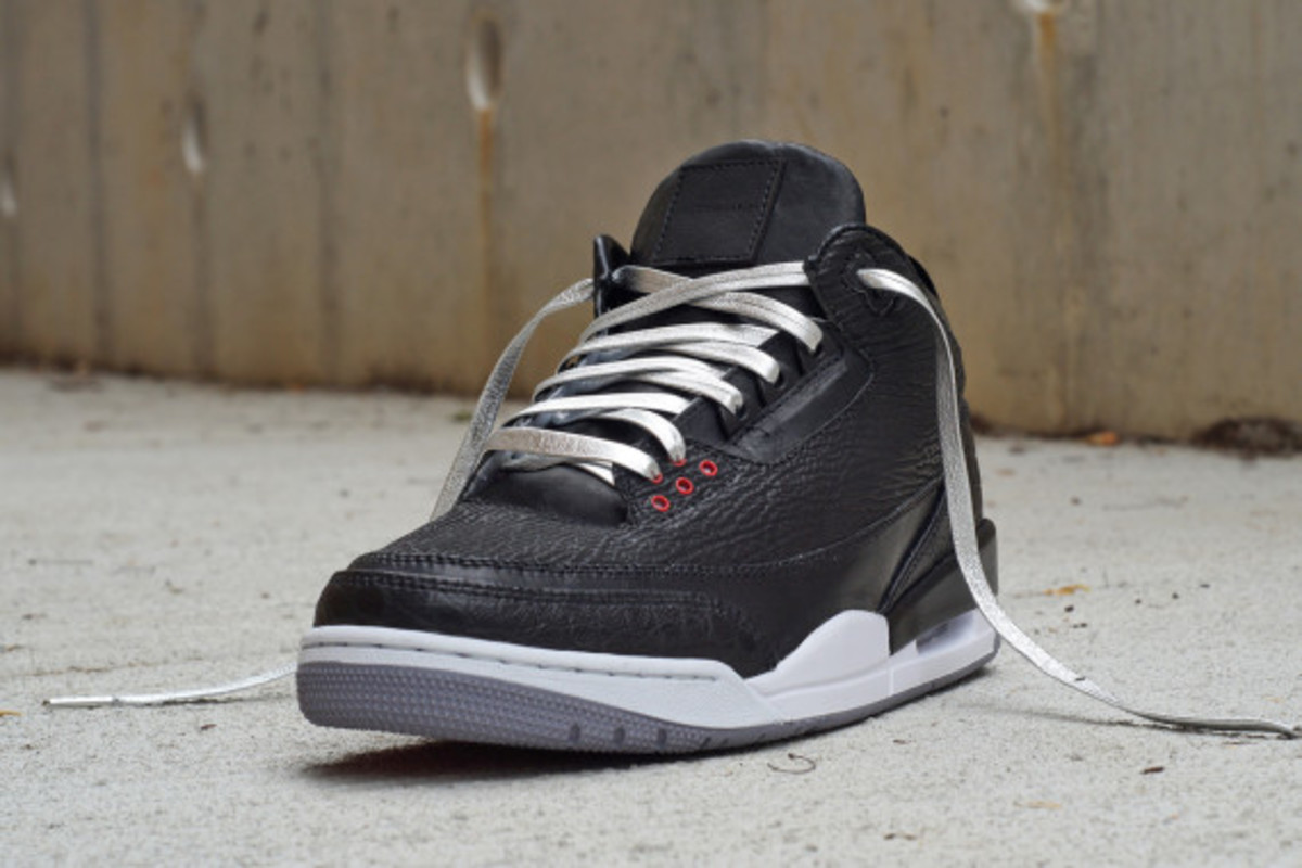 air-jordan-3-shark-alligator-kangaroo-by-jbf-customs-04