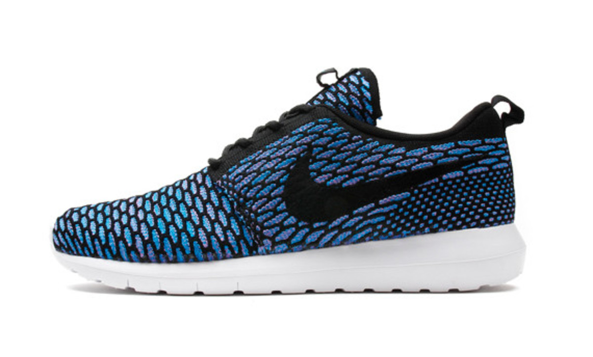 nike-flyknit-roshe-run-nm-05