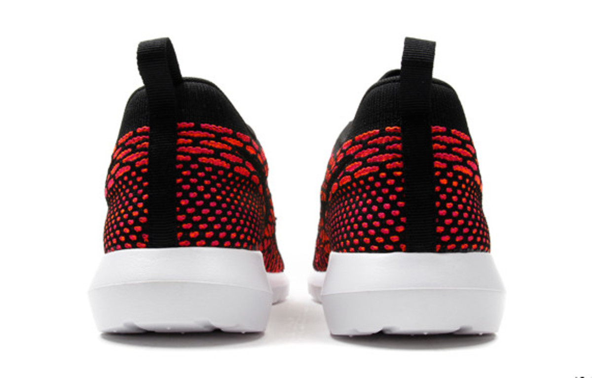 nike-flyknit-roshe-run-nm-04