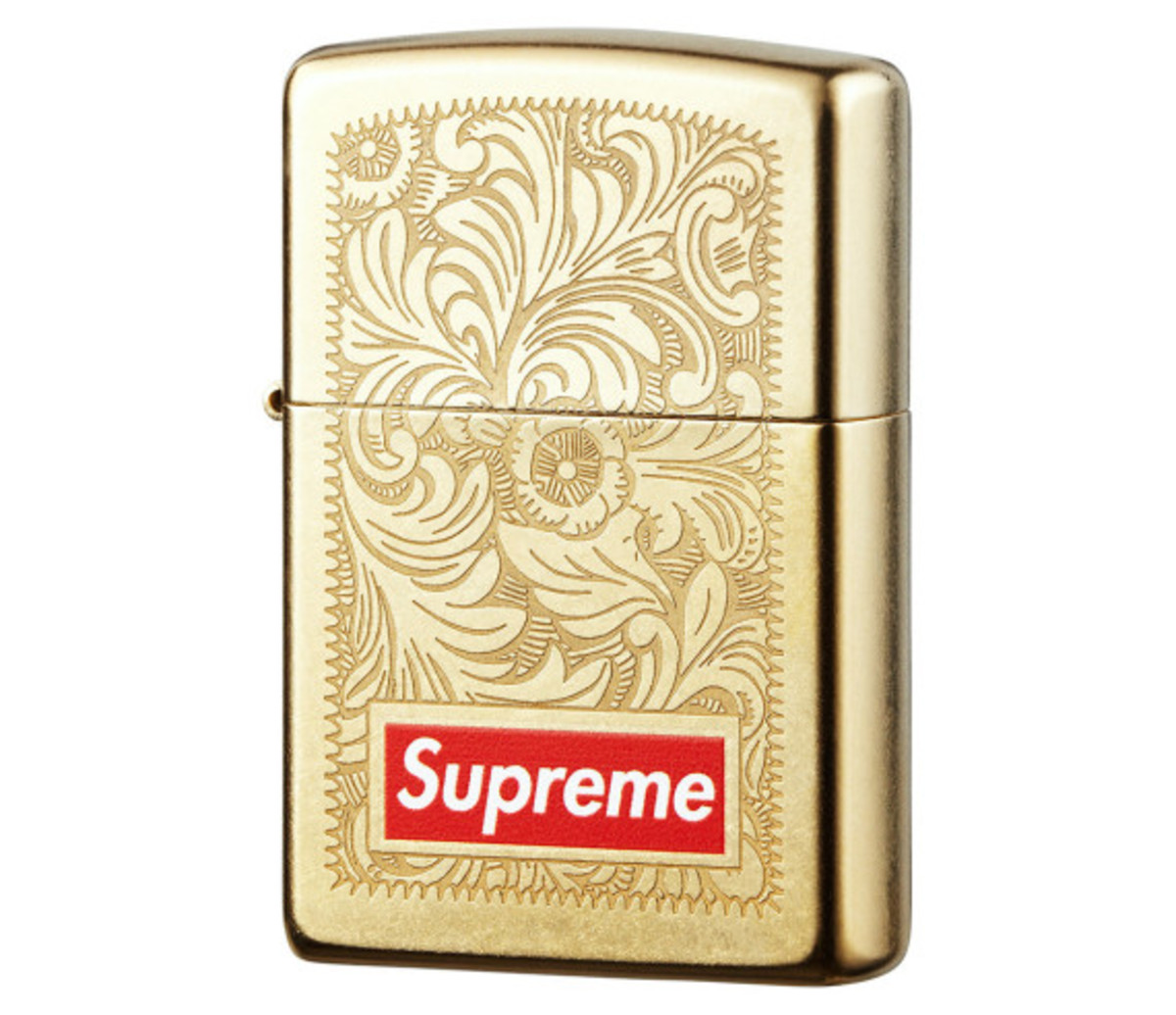 supreme-fall-winter-2014-accessories-and-gear-collection-06