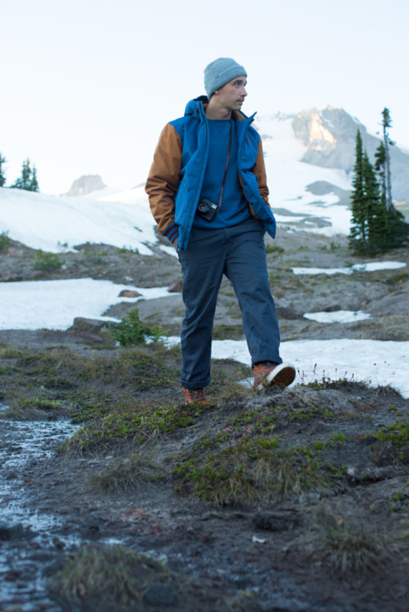 vans-weather-resistant-mountain-edition-footwear-and-apparel-07