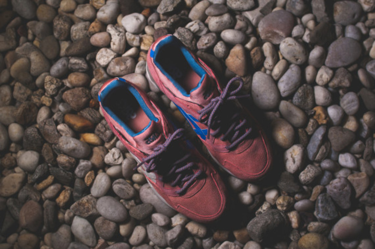ronnie-fieg-asics-gel-lyte-v-rose-gold-and-sage-04