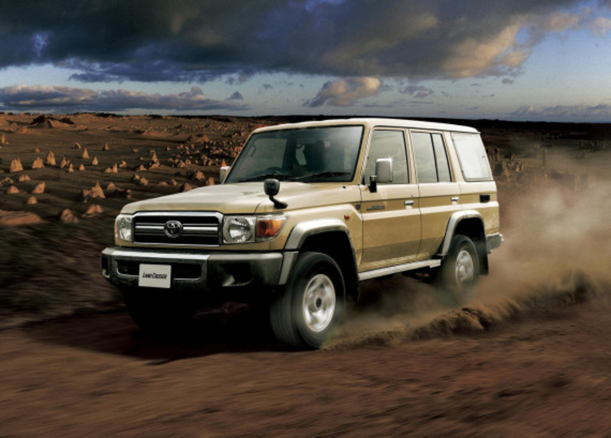 toyota-land-cruiser-70-series-re-release-06
