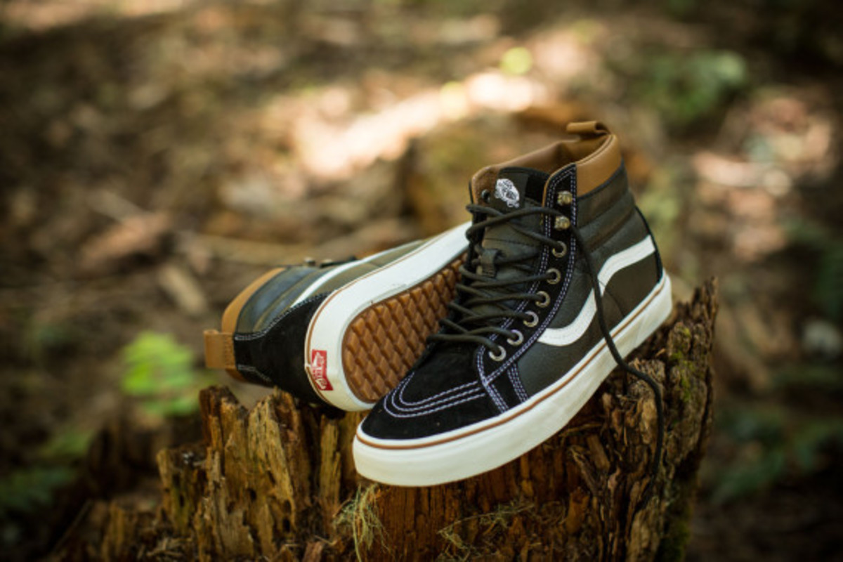 vans-weather-resistant-mountain-edition-footwear-and-apparel-11