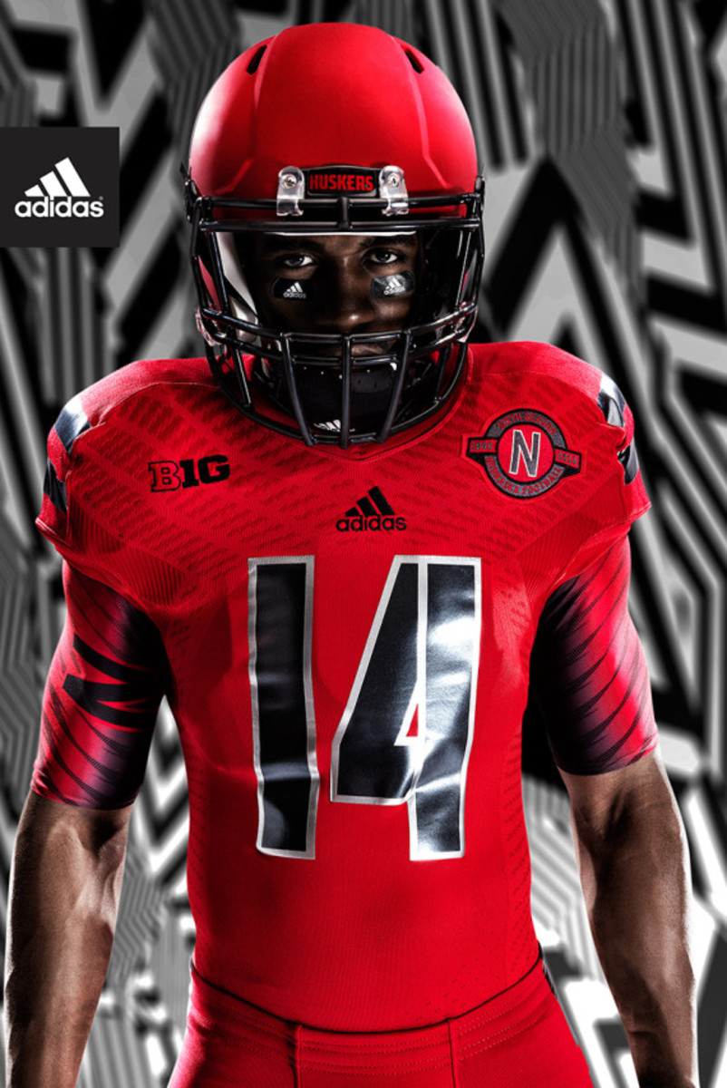 adidas-unveils-techfit-uniform-for-university-of-nebraska-05