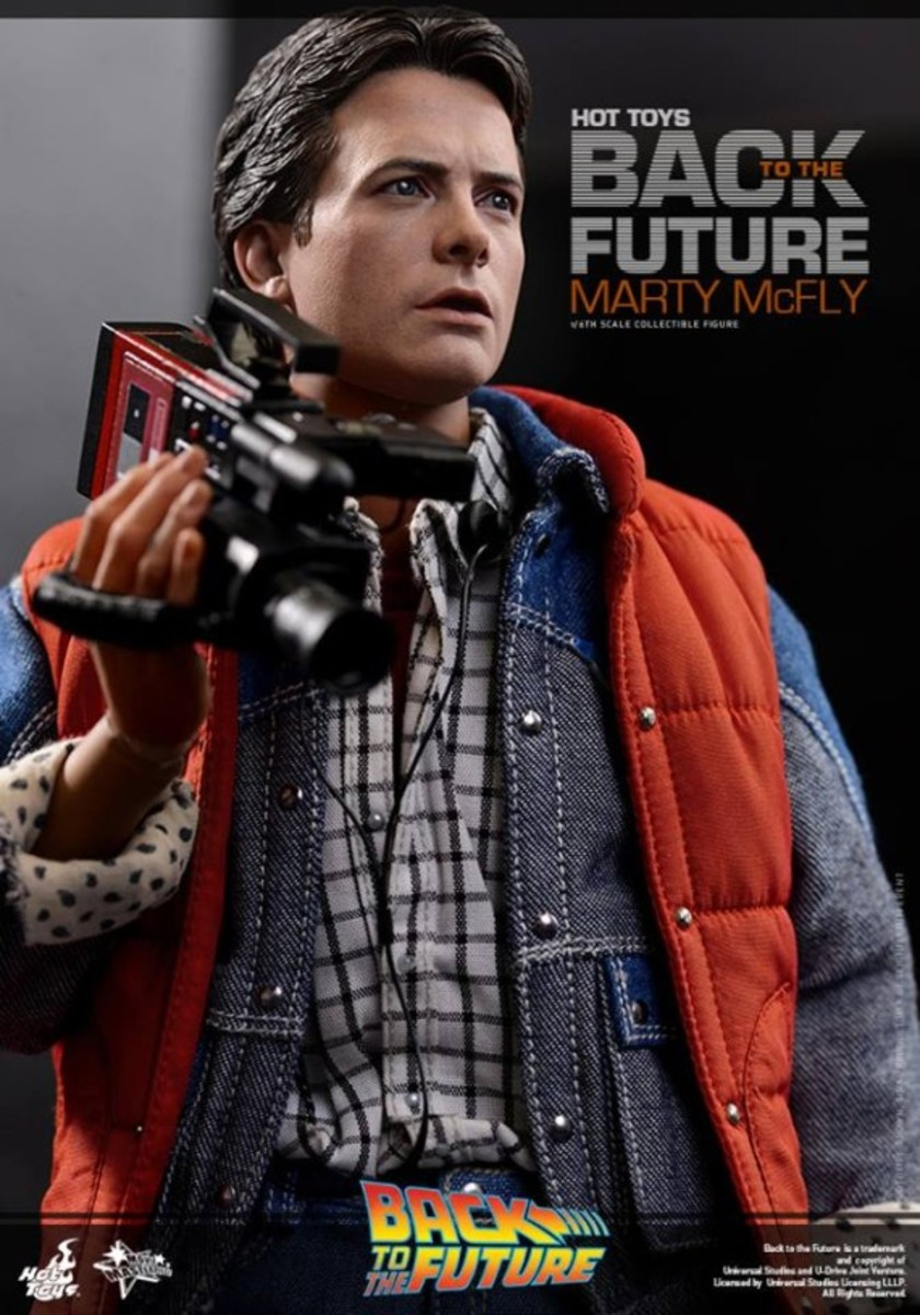 hot-toys-marty-mcfly-collectible-figure-09