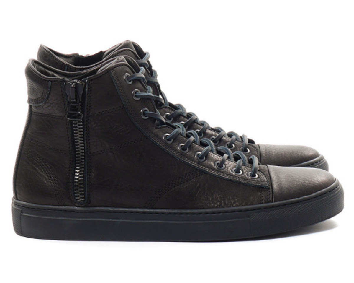 wings-and-horns-leather-hi-top-sneaker-02