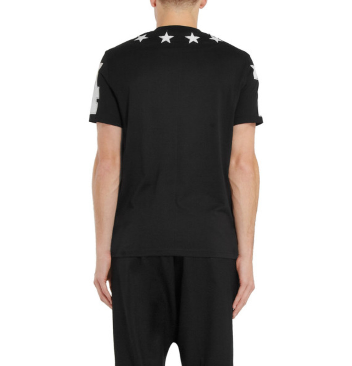givenchy-cuban-fit-embroidered-star-tee-06