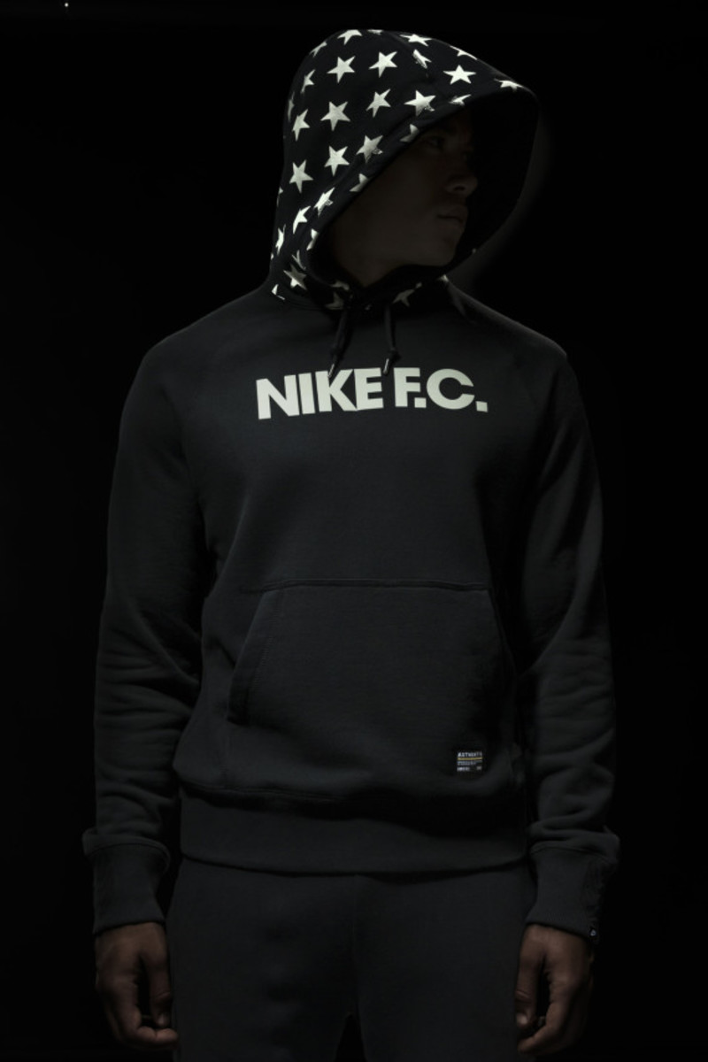 nike-fc-fall-2014-collection-19