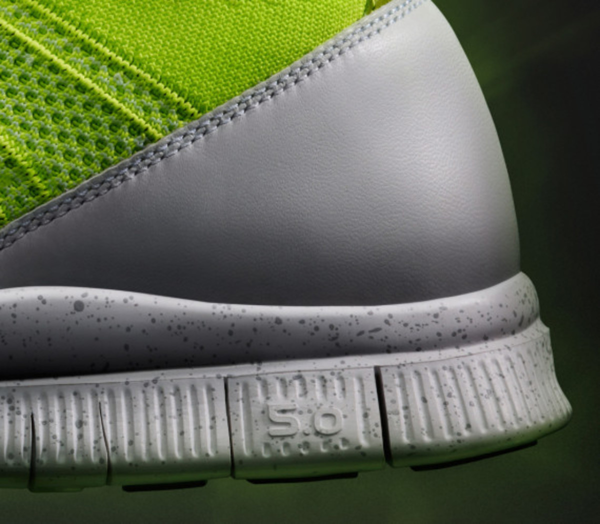 nike-free-mercurial-superfly-htm-volt-05