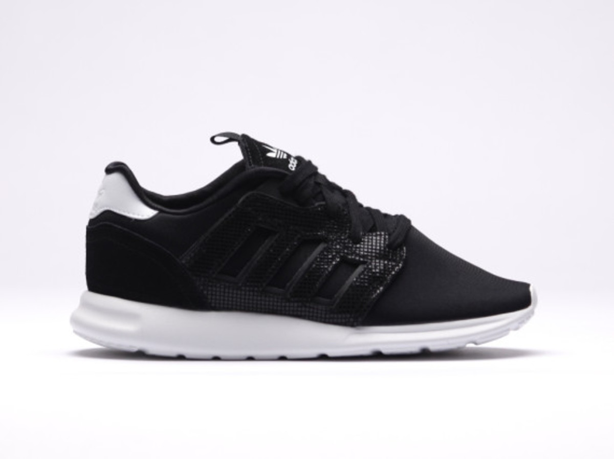 buy popular 2587e 03fc5 adidas zx 500 black and white