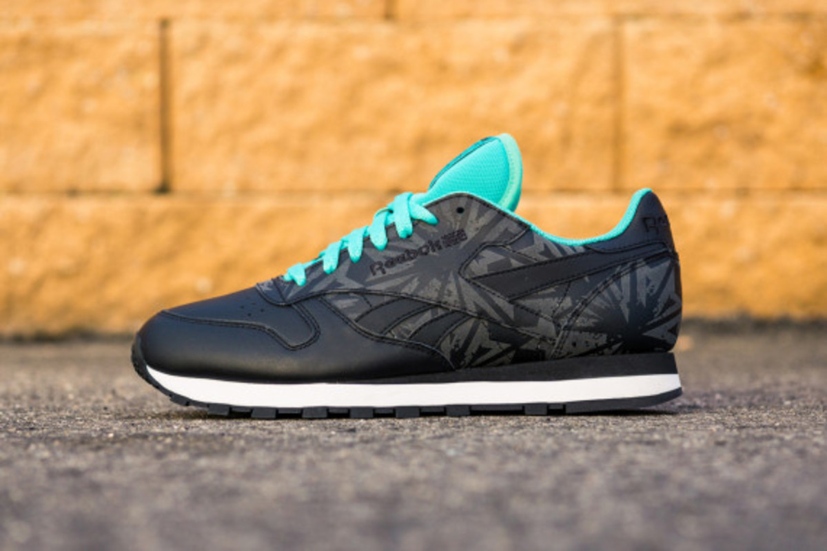 reebok-classic-reflective-pack-03