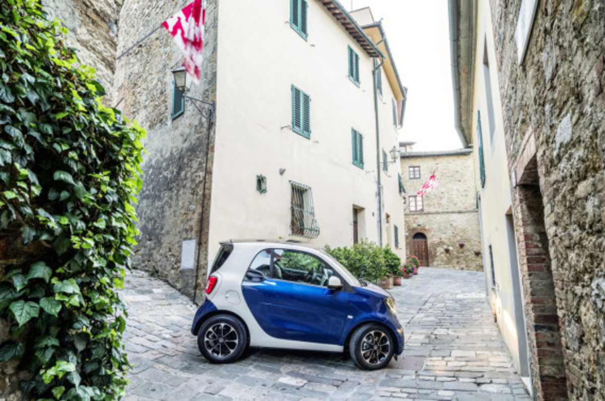2016-smart-fortwo-and-forfour-unveiled-15