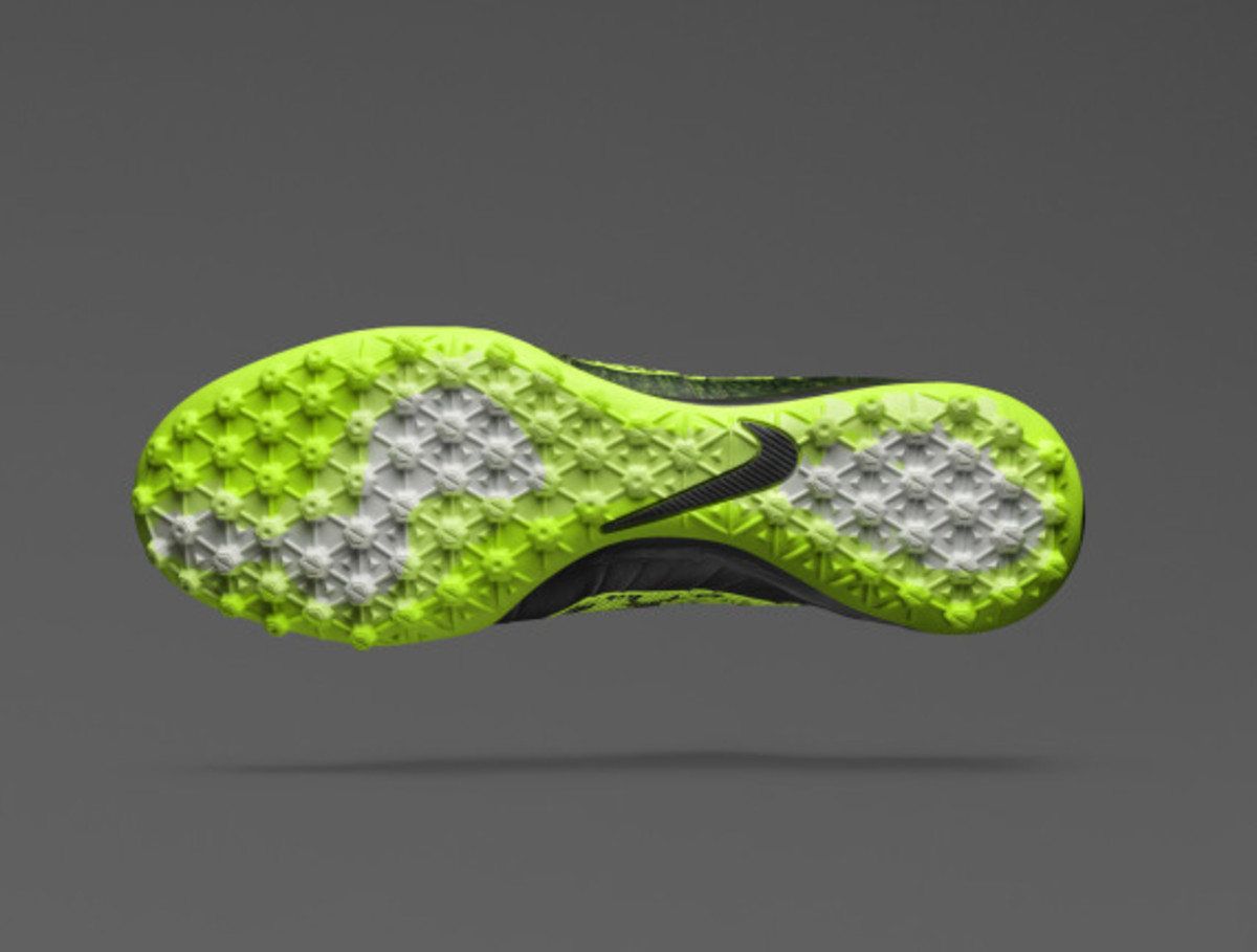 nike-launches-new-elastico-superfly-07
