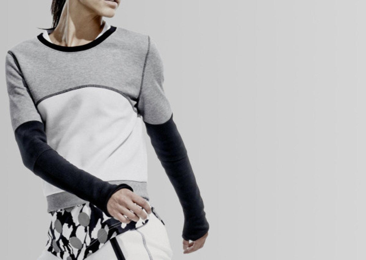 nikelab-nike-womens-color-block-collection-04