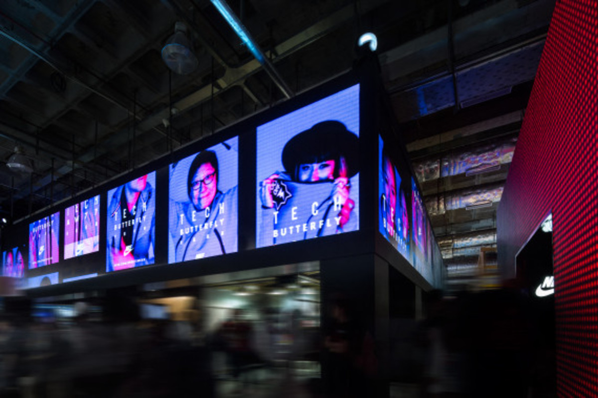 nike-tech-pack-retail-experience-booth-shanghai-16