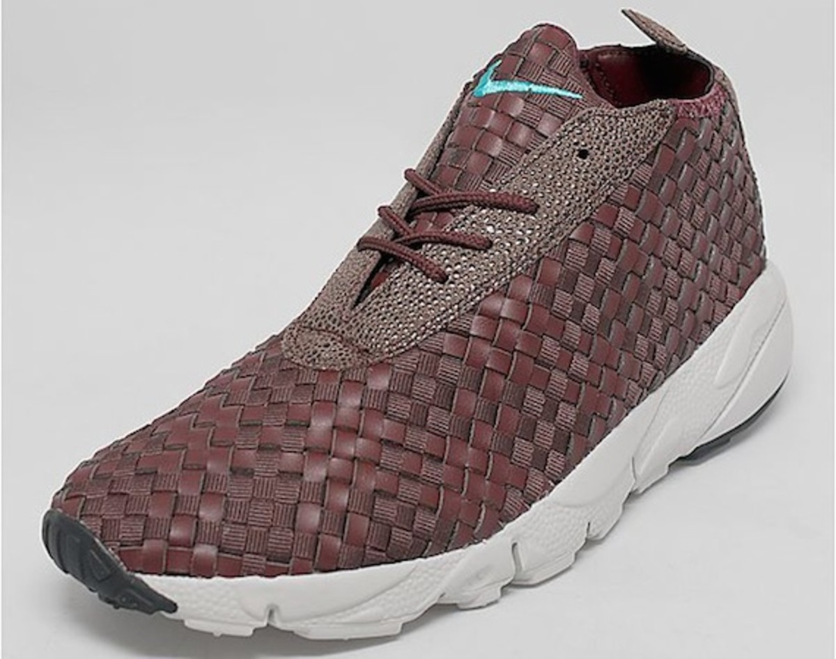 nike-air-footscape-woven-desert-chukka-brown-leather-00