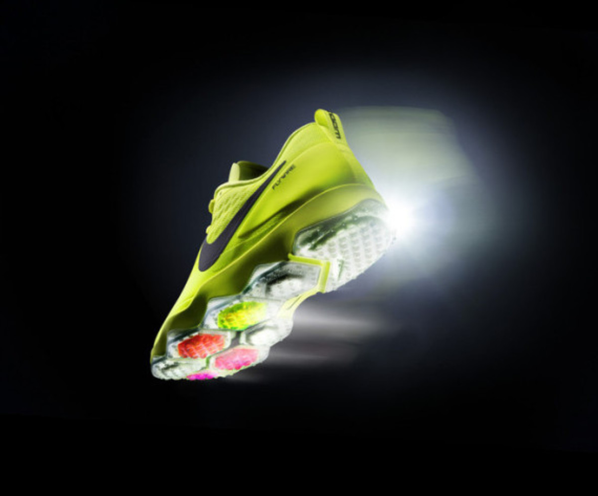 nike-zoom-hypercross-trainer-02