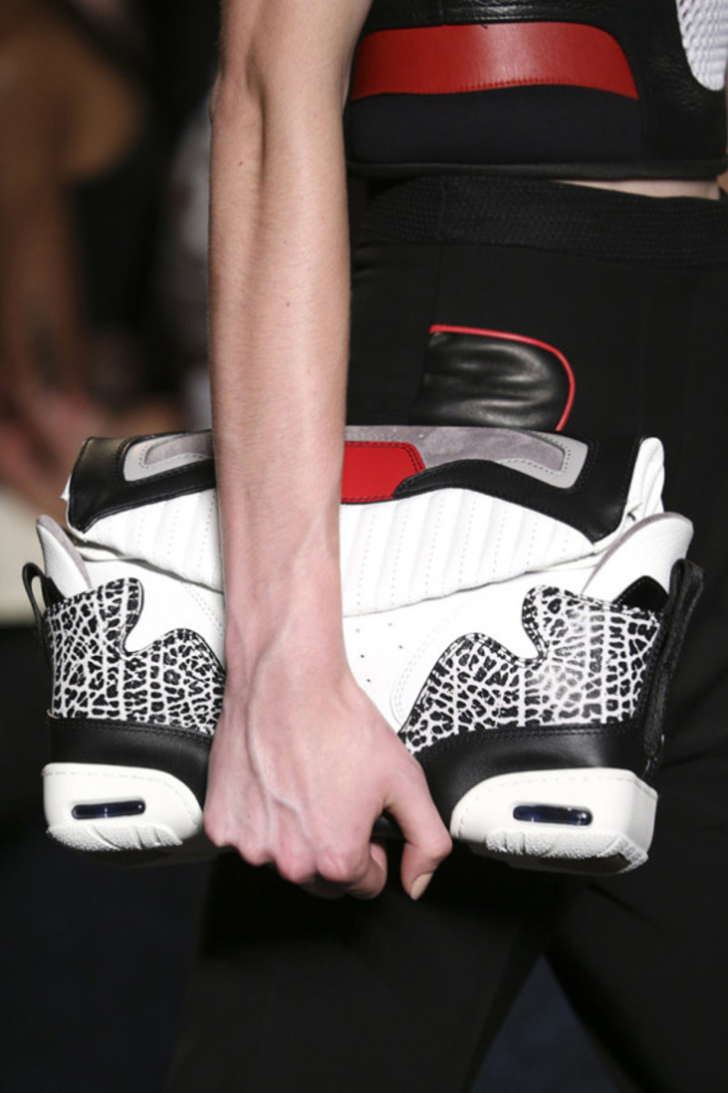 alexander-wang-sneaker-inspired-spring-2015-collection-12