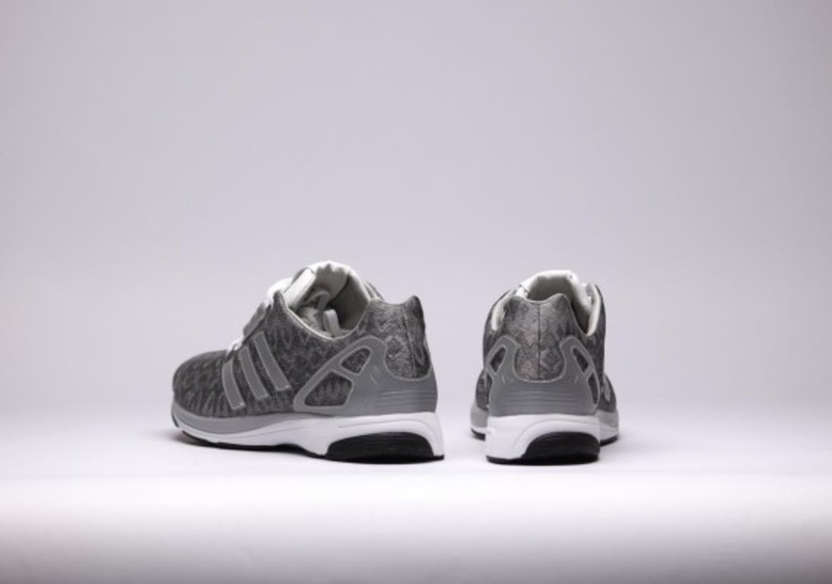 adidas-zx-flux-tech-reflective-07