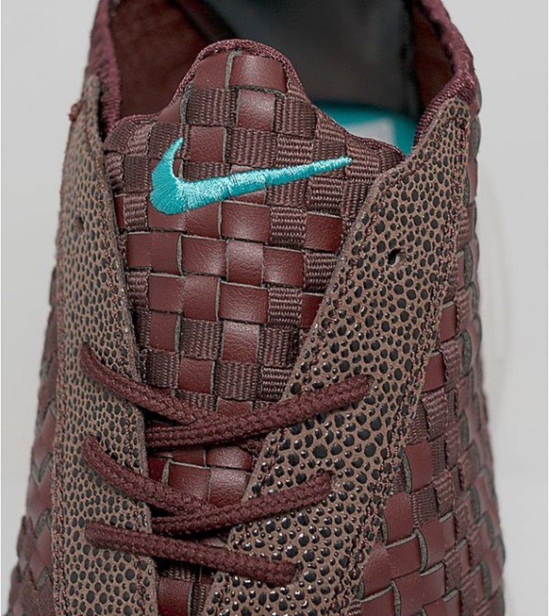nike-air-footscape-woven-desert-chukka-brown-leather-04