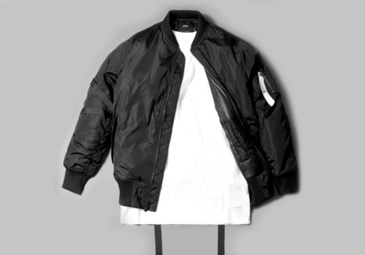 stampd-the-strapped-bomber-02