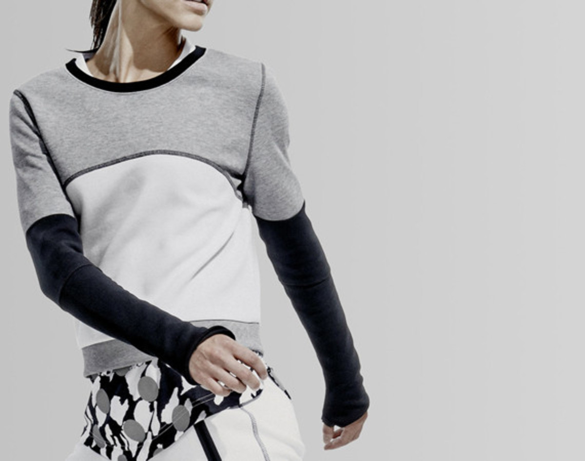 nikelab-nike-womens-color-block-collection-01