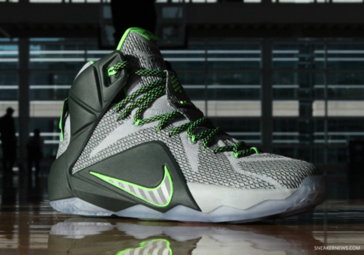"a35afc2d4170 Nike LeBron 12 ""Dunk Force"" - Freshness Mag"