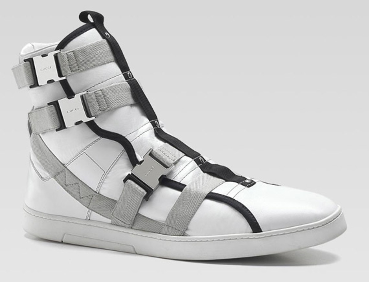 gucci-high-top-buckle-sneaker-1