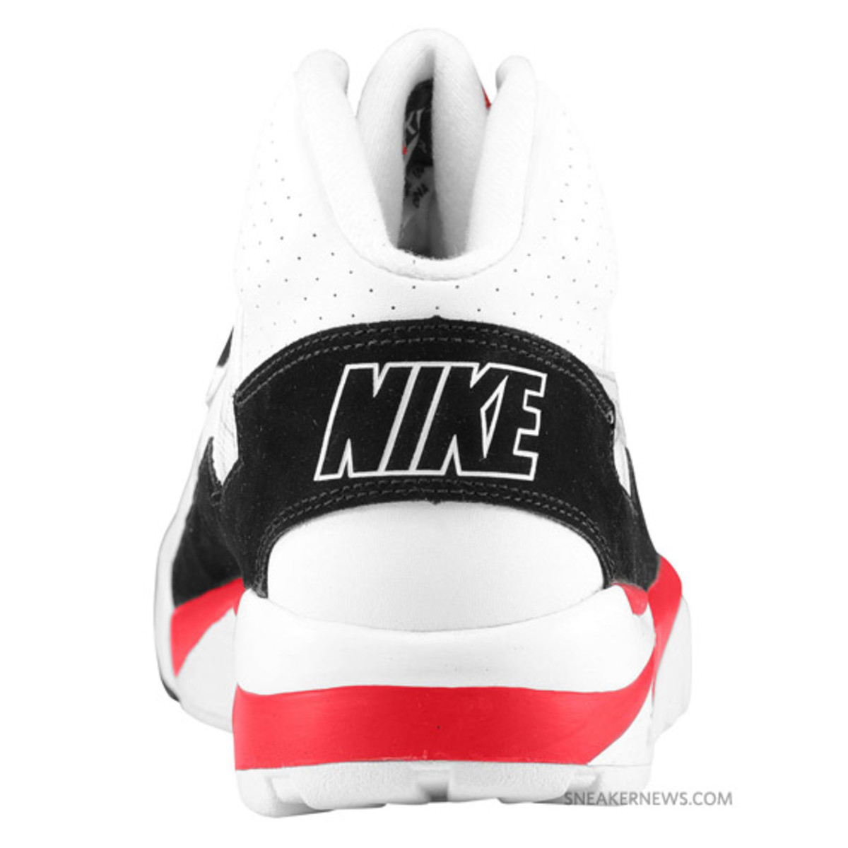 nike-air-trainer-sc-white-red-grey-4