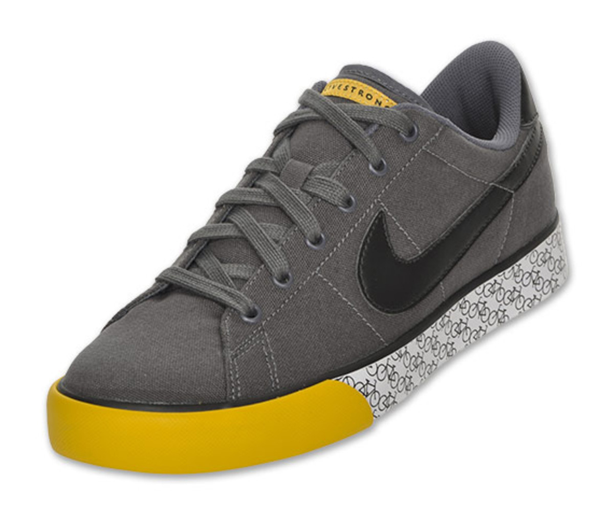 nike-sweet-classic-low-canvas-livestrong-01