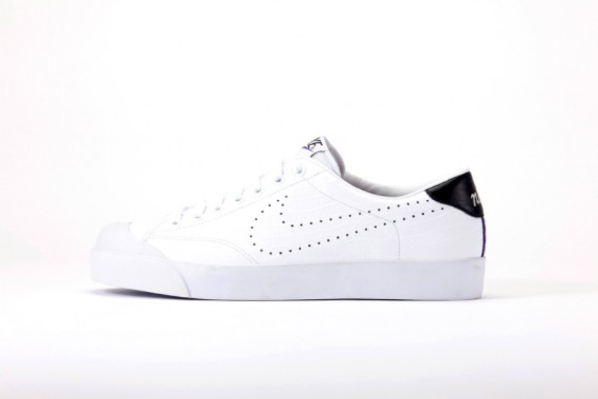 fragment-design-nike-zoom-all-court-low-5