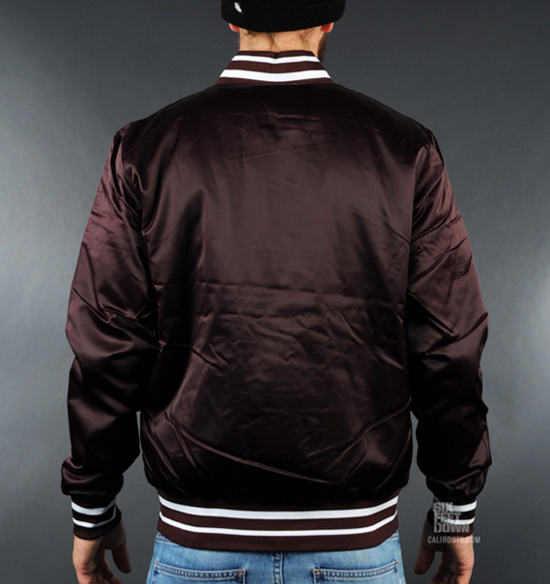 nike-sportswear-varsity-destroyer-jacket-burg-02